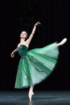 Russian prima ballerina Evgenia Obraztsova in 'Emeralds' from George Balanchine's ballet 'Jewels' during the Bolshoi's London Season at the Royal Opera House, Photo by Foteini Christofilopoulou. Ballet Art, Ballet Dancers, Ballerinas, City Ballet, Dance Baile, Russian Ballet, Bolshoi Ballet, Alvin Ailey, Dance Movement