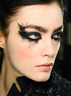 Chanel eye look
