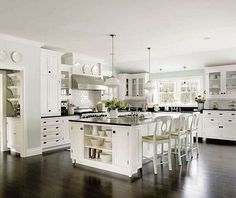 White Kitchen - this would be amazing in the southeast corner of the house.