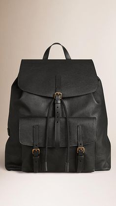 Burberry Grainy Leather Backpack - on off @ Backpacks For Sale, Cute Backpacks, Leather Backpacks, Leather Bags, Burberry, Beautiful Bags, Briefcase, Coach Bags, Fashion Backpack