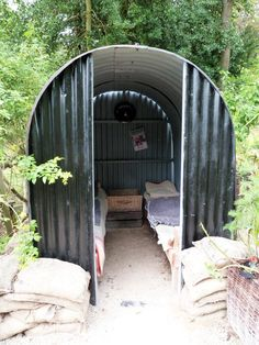 Anderson shelter in Chatsworth Castle Park, UK. Air-raid shelter made in WWII in UK. 6 people can live in it. The structure is made to deform. Biggest problem: cold and flood Anderson Shelter, Shelter Design, Bomb Shelter, Blanket Fort, The Blitz, Garden Makeover, Air Raid, My Ideal Home, Book Corners