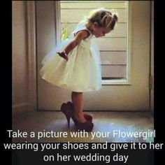 unique and priceless idea for flowergirl picture gift from your wedding