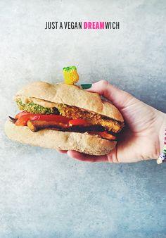 Vegan Dreamwich // take a megabite
