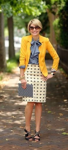 40 Casual Work Outfits for Women Over 50
