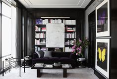 Farrow & Ball Pitch Black over Interior Wood Primer/Undercoat Beyond-Gorgeous Black Rooms -- One Kings Lane Black Rooms, White Rooms, Black Walls, Interior Walls, Home Interior, Scandinavian Interior, One Kings Lane, Masculine Interior, Design Salon
