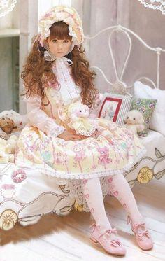 103891-lolita-princess-sweet-lolita.jpg 474×750 pixels