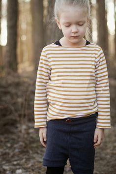 Knitted shorts Photos © Viimeinen silmukka
