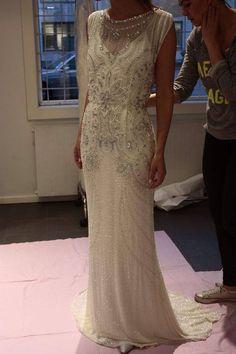 "Jenny Packham ""Emse"" dress - Source: Diin brud og selskap"