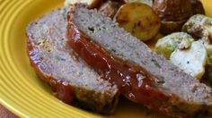 Melt in your mouth meat loaf--This recipe is anything but regular old meatloaf! Everyone will love this moist version made in the slow cooker, with milk, mushrooms, and a little sage for extra flavor. Meatloaf Recipes, Meat Recipes, Slow Cooker Recipes, Crockpot Recipes, Cooking Recipes, Recipies, Hamburger Recipes, Slow Cooking, Entree Recipes
