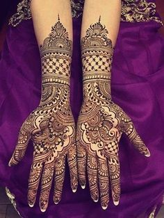 Explore latest Mehndi Designs images in 2019 on Happy Shappy. Mehendi design is also known as the heena design or henna patterns worldwide. We are here with the best mehndi designs images from worldwide. Wedding Henna Designs, Latest Bridal Mehndi Designs, Indian Henna Designs, Modern Mehndi Designs, Dulhan Mehndi Designs, Mehndi Design Pictures, Beautiful Henna Designs, Mehendi, Mehandi Designs