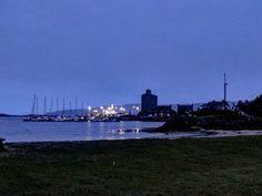 And good night. Seattle Skyline, New York Skyline, Port Charlotte, Whisky Tasting, Good Night, Scotland, Travel, Painting, Instagram