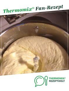 Buttercreme - gelingsicher und super zum Verzieren von nimagu. Ein Thermomix ® Rezept aus der Kategorie Backen süß auf www.rezeptwelt.de, der Thermomix ® Community.