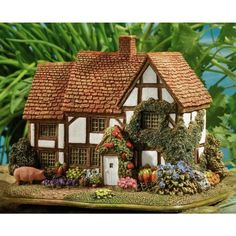 Lilliput Lane Cottages L3407, Sage Cottage | British Collection, England | Lilliput Lane