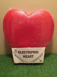 RARE NEW Vintage Union Sealed Valentine s Day Lighted Blow Mold Heart Decor | eBay