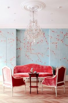 Lovely soft colors and details in your interiors. Latest Home Interior Trends. - Home Decoration - Interior Design Ideas Hand Painted Wallpaper, Painting Wallpaper, Room Wallpaper, Wallpaper Ideas, Silk Wallpaper, Gracie Wallpaper, Handmade Wallpaper, Wallpaper Furniture, White Wallpaper