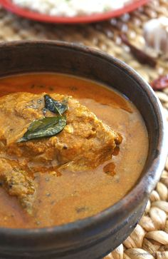 Today's recipe is one that I learned from one of my Mangalorean friends while I was in Manipal. I found a lot of similarities in the way we both prepared this dish. Both of us used coconut, curry l...
