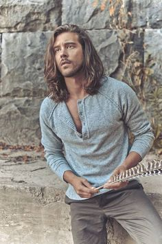 winter-in-bohemian-style Bohemian Outfits for Men – 17 Ways to Get Boho Look for Guys Bohemian Outfit Men, Bohemian Style Men, Bohemian Style Clothing, Look Boho, Boho Man, Men Boho, Boho Chic, Hippie Chic, Pirate Fashion