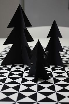 BLACK & WHITE DIY; Christmas crafts - tree - black - paper - decor - modern - scandinavian