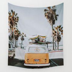 lets surf / venice beach, california Wall Tapestry Hippy Room, Hippie Room Decor, Tapestry Bedroom, Wall Tapestry, Decorating Blogs, Decorating Your Home, Beach Dorm, Beach House Decor, Home Decor