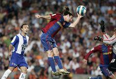 Lionel Messi: 26 años, 26 momentos Gol con la mano ante el Español (junio de 2007)