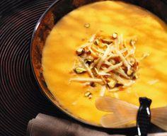 Zupa dyniowa z pistacjami