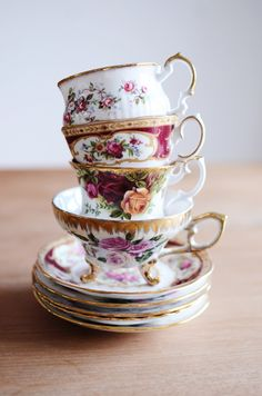 Royal Albert, Lady Hamilton #vintage #tea #cups