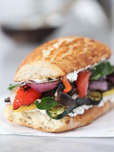 Grilled Vegetable Sandwich with Herbed Ricotta – (Free Recipe below) – Kolay yemek Tarifleri Best Grilled Vegetables, Grilled Vegetable Sandwich, Grilled Vegetable Recipes, Vegetarian Recipes, Cooking Recipes, Healthy Recipes, Cooking Vegetables, Vegetarian Sandwich Fillings, Best Sandwich Recipes
