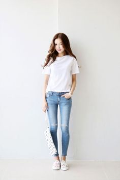 Simple and Sexy Korean Fashion Looks0001