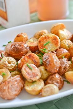 Salt and Vinegar Roasted Potatoes by salu-salo #Potatoes #Salt #Vinegar