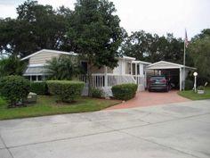 1985 Palm Harbor Mobile / Manufactured Home in Ellenton, FL via MHVillage.com