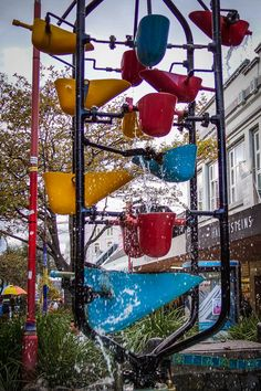 Wellington New Zealand is a city filled with artwork, sculpture and fountains. This one is on Cuba Street. Read the article to discover more See more things to do in the capital of New Zealand.