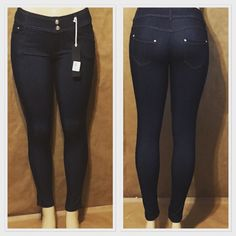 Yelete 5 Pocket Jeggings. These are soft and stretchy and are available in black and blue denim washes. Available in S/M, M/L, L/XL & XL/XXL. Only $20 per pair or 2 for $30 Comment below or DM to purchase       Shop our site as well, link in bio. #savvyshops #newarrivals #newyearnewclothes #newclothes #yelette #jeggings #jeans #skinnyjeans #extendedsizes #plussize #plussizefashion