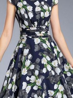 Navy Blue Casual A-line Crew Neck Maxi Dress Tips to Wearing a Floral Chiffon Blouse There are objec Stylish Dresses For Girls, Simple Dresses, Casual Dresses, Fashion Dresses, Girls Dresses, Chiffon Dress, Dress Skirt, New Designer Dresses, Cheap Dresses Online