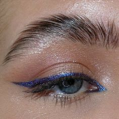 Edgy Makeup, Makeup Eye Looks, Eye Makeup Art, Simple Eye Makeup, Cute Makeup, Pretty Makeup, Skin Makeup, Eyeshadow Makeup, Makeup Inspo