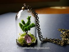Terrarium necklace Tree of Life necklace  Raw Amethyst pendant Crystal Miniature terrarium Moss necklace Plant necklace Gemstone jewelry
