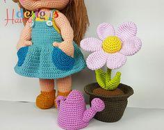 Mia the gardener amigurumi crochet pattern by Havva Designs