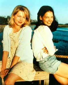 Michelle Williams & Katie Holmes