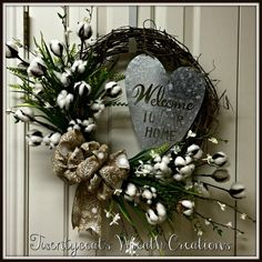 Floral Wreaths, Mesh Wreaths, Wreath Ideas, Diy Wreath, Fall Decorations, Seasonal Decor, Creative Gift Packaging, Cotton Bolls, Diy Spring Wreath
