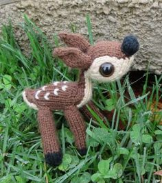 Knitting pattern for fawn toy