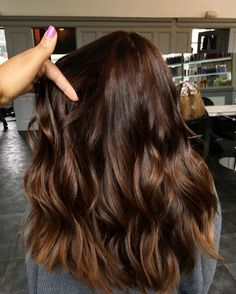 35 Rich And Sultry Dark Brown Hair Color Ideas - Part 14 Rich Brown Hair, Coffee Brown Hair, Dark Chocolate Brown Hair, Golden Brown Hair, Brown Hair Shades, Brown Hair Colors, Brown Brown, Chocolate Color, Chocolate Brown Hair With Highlights
