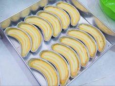 Bread banana cooking 55 New Ideas Baking Recipes, Snack Recipes, Dessert Recipes, Snacks, Baking Buns, Resep Cake, Steamed Cake, Cooking Cake, Bread Cake