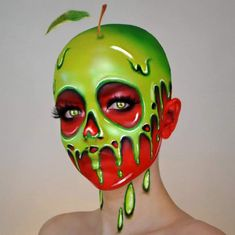 One bite and all your dreams will come true. 🍎💀 I had to do my version of the poisoned apple from Snow White ✨ what's your favourite…Mind-Blowing Halloween Makeup Looks eyemakeuptutorial, ADD FOR MORE PINS LIKE THIS DAILY Glam Makeup, Makeup Inspo, Makeup Inspiration, Sfx Makeup, Makeup Ideas, Special Makeup, Special Effects Makeup, Halloween Makeup Looks, Halloween Make Up