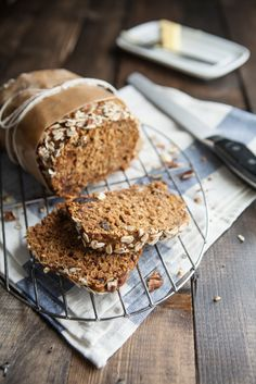 Pumpkin Oat Bread with oats and maple syrup via Naturally Ella