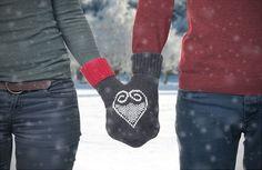 Kostenlose Anleitung: Partnerhandschuh zum Valentinstag stricken
