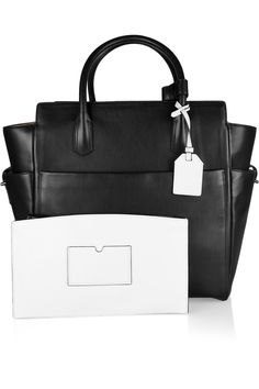 Love the RK Atlantique leather tote in b!