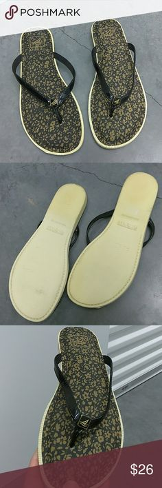 Sperry flops Worn couple of times, clearing out storage need to go Sperry Shoes Sandals