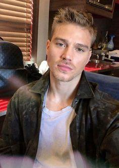 Matthew Noszka Matthew Mcconaughey, Male Face, Attractive Men, Male Beauty, Pretty Boys, Look Fashion, Male Models, Beautiful Men, Sexy Men