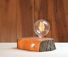 Descubriendo las lámparas de madera reciclada de BRZ Wood Design con su diseñador Victor Aguado