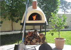 Outdoor Pizza Ovens is home to one of Canada's largest selection of gourmet wood fired pizza ovens and gas fired pizza ovens. We carry high end commercial pizza ovens, residential pizza ovens and outdoor wood fired ovens. Pizza Oven For Sale, Home Pizza Oven, Build A Pizza Oven, Pizza Oven Kits, Pizza Ovens, Brick Oven Outdoor, Pizza Oven Outdoor, Outdoor Cooking, Ovens