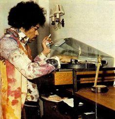 Jimi Hendrix and Vinyl Howlin' Wolf, Johnny Cash, The Addams Family, Bob Dylan, Fred Flintstone, Jimi Hendrix Experience, Roger Daltrey, Morrison Hotel, Jim Morrison